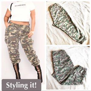 Plus Size Camo Crop/Ankle Jean